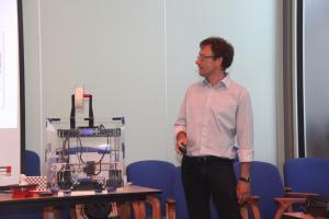 2017-06-07 - 18 - 3D printing demo HCC!Noord-Limburg