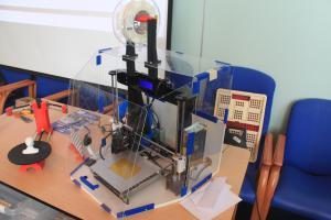 2017-06-07 - 16 - 3D printing demo HCC!Noord-Limburg