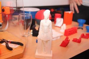 2017-06-07 - 44 - 3D printing demo HCC!Noord-Limburg